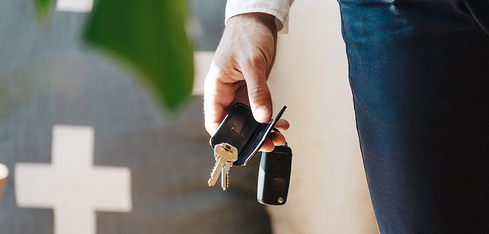 A Beginner's Guide to Carrying Keys - Carryology - Exploring better ways to carry