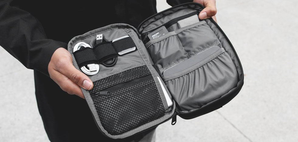 The Best Tech Pouches and Organizers to EDC - Carryology - Exploring better ways to carry